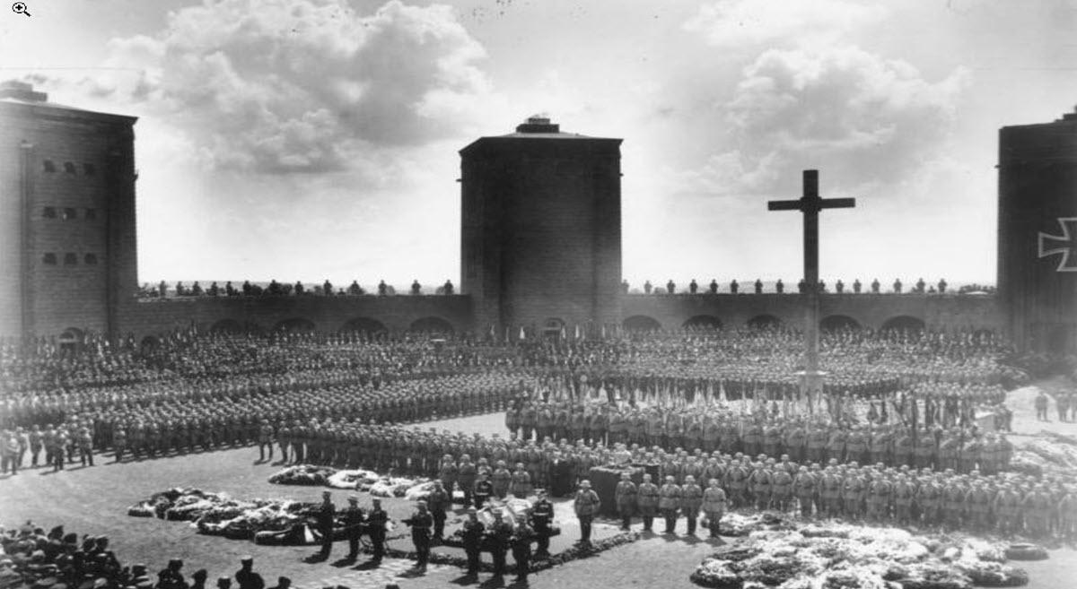חוק האיחוד – המעבר של גרמניה מדמוקרטיה לדיקטטורה